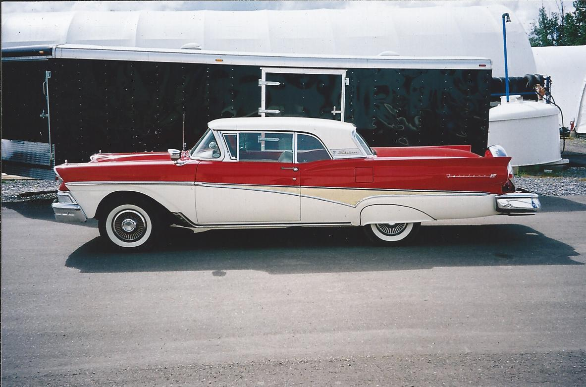 1959 Ford Retractible Top Up